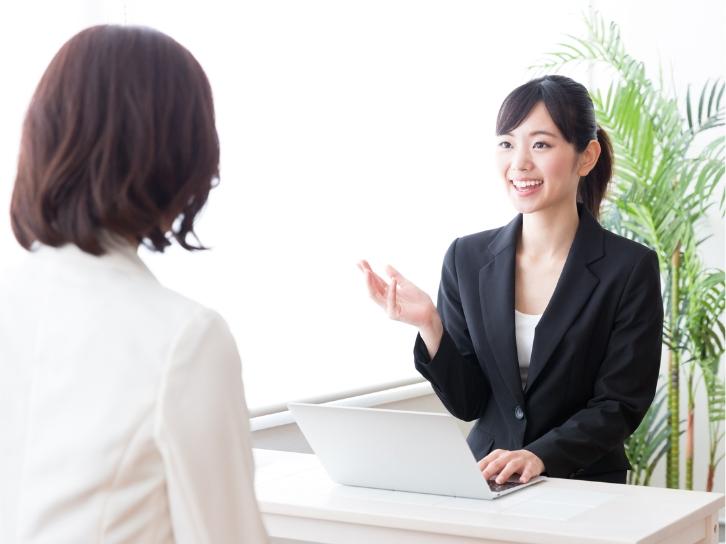 商社の人材ニーズや貿易関連の実務を知るスタッフがサポートします